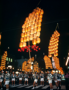 竿灯まつり 秋田県の写真素材 [FYI02048642]