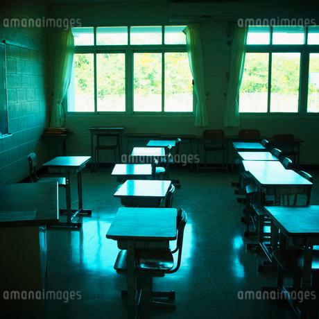 教室の写真素材 [FYI02049363]