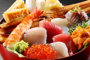 海鮮丼の写真素材 [FYI02049428]