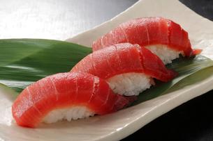 マグロの握り寿司の写真素材 [FYI02049482]