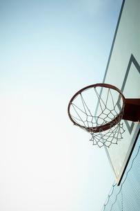 バスケットボールのゴールの写真素材 [FYI02049642]