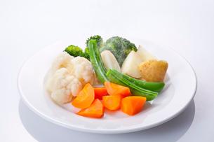 温野菜サラダの写真素材 [FYI02050649]