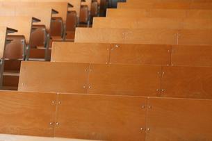 教室のイスの写真素材 [FYI02050787]