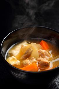 宮城風芋煮の写真素材 [FYI02051709]