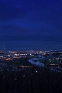 旭川市の夜景 北海道の写真素材 [FYI02053561]