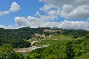 荒砥沢ダム地滑復旧の写真素材 [FYI02053607]