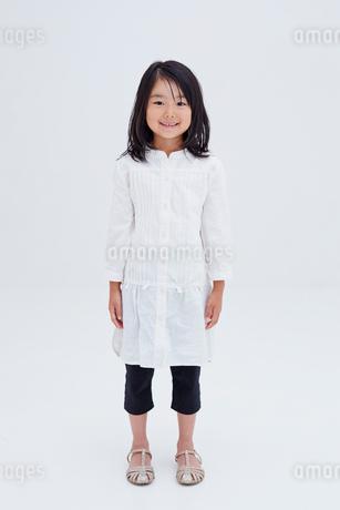 女の子のポートレートの写真素材 [FYI02053678]