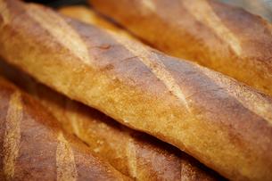フランスパンの写真素材 [FYI02053792]