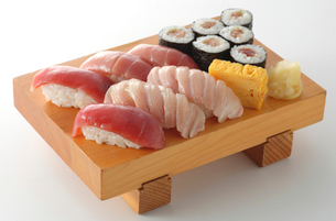 本マグロの寿司の写真素材 [FYI02053967]