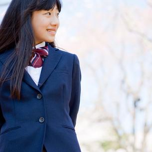 女子中学生の写真素材 [FYI02055984]