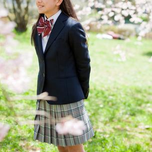 女子中学生の写真素材 [FYI02056933]