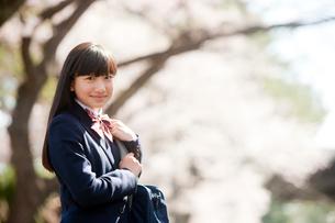 笑顔の女子中学生の写真素材 [FYI02057688]