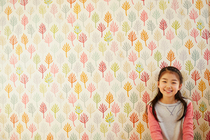 笑顔の女の子の写真素材 [FYI02057691]
