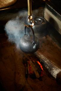 囲炉裏の写真素材 [FYI02057781]