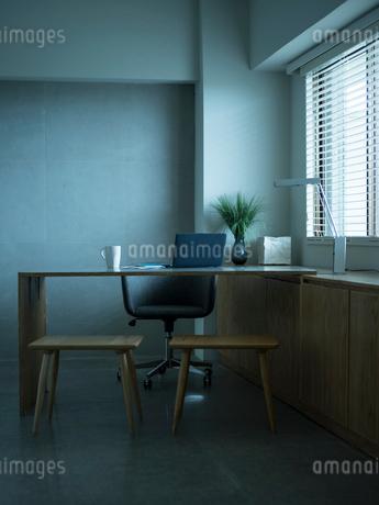 ホームオフィスの写真素材 [FYI02057852]