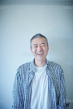 ミドル男性のポートレートの写真素材 [FYI02057981]