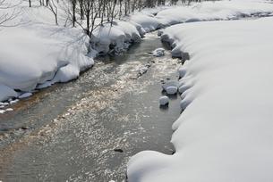 寒河江川雪景の写真素材 [FYI02059074]