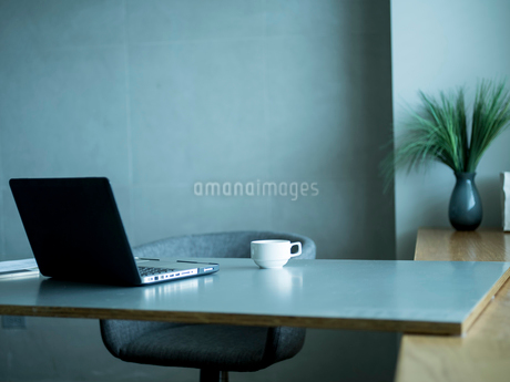 ホームオフィスの写真素材 [FYI02059244]