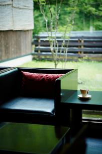 テーブルと椅子の写真素材 [FYI02059565]