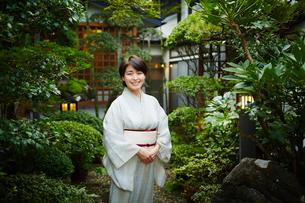 旅館の女将の写真素材 [FYI02059875]