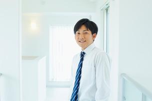 ビジネスマンのポートレートの写真素材 [FYI02059922]