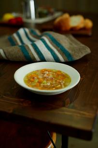 コンソメスープの写真素材 [FYI02060212]