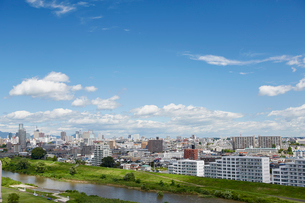 広瀬川と仙台市の街並み 宮城県の写真素材 [FYI02060349]