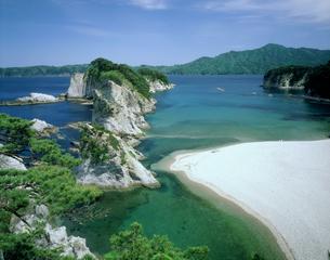 夏の浄土ヶ浜の写真素材 [FYI02060511]