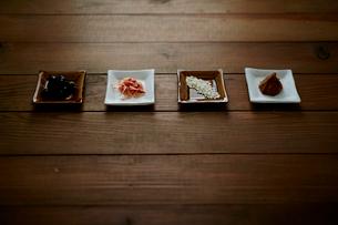 和食材 黒豆と桜えびと米と味噌の写真素材 [FYI02060721]