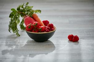 赤い野菜と果物の写真素材 [FYI02061076]