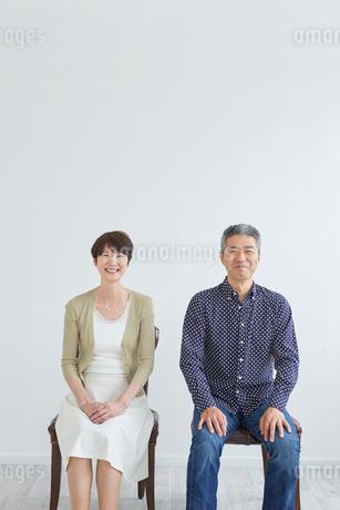 シニア夫婦のポートレートの写真素材 [FYI02061082]