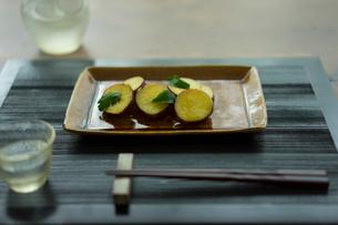 焼きサツマイモの写真素材 [FYI02061145]