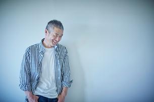 笑顔のミドル男性の写真素材 [FYI02064026]