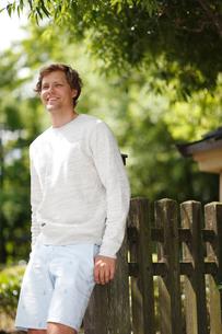 笑顔の外国人男性の写真素材 [FYI02064232]