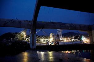 震災後のさんま漁の漁船 宮城県の写真素材 [FYI02066497]