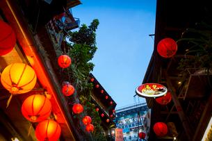 夕暮れの九フン 台湾の写真素材 [FYI02066632]