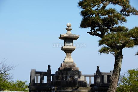 日和山公園の常夜灯 山形県の写真素材 [FYI02067234]