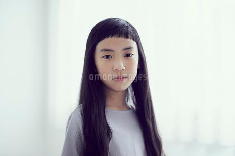女の子のポートレートの写真素材 [FYI02067532]