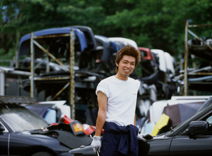 修理工場の男性の写真素材 [FYI02067567]