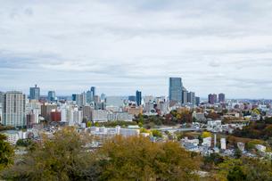 秋の仙台市街並み 宮城県の写真素材 [FYI02067820]