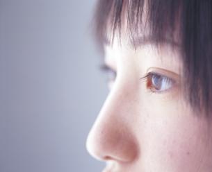 女子学生目元アップの写真素材 [FYI02068394]