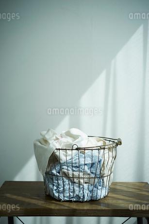 洗濯かごの写真素材 [FYI02068749]