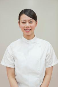 女性介護士のポートレートの写真素材 [FYI02068871]