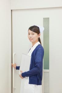 看護師のポートレートの写真素材 [FYI02069455]