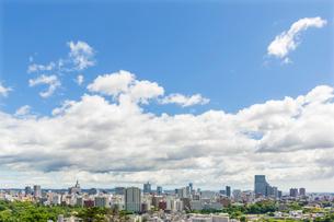 青葉山から望む仙台市の街並みの写真素材 [FYI02071149]