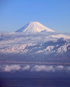 伊豆市だるま山高原からの駿河湾と富士山の写真素材 [FYI02074808]