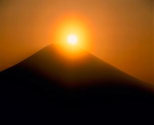 安倍林道よりダイアモンド富士山の写真素材 [FYI02076692]