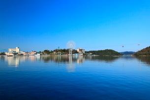 浜名湖と舘山寺温泉の写真素材 [FYI02077289]