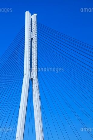 しまなみ海道 多々羅大橋の橋脚とケーブルの写真素材 [FYI02077401]