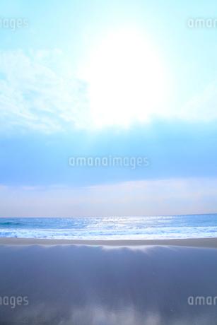 海と太陽の写真素材 [FYI02077895]